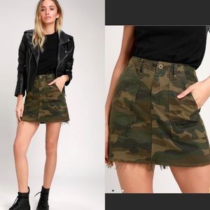 BLANKNYC Chain of Command Green Camo Mini Skirt 29